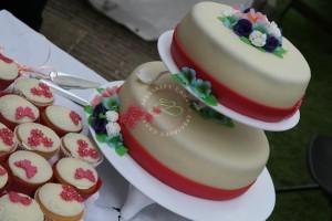 bruidstaart_stapel_cupcakes_specialty_cakes_hoorn_oosterblokker