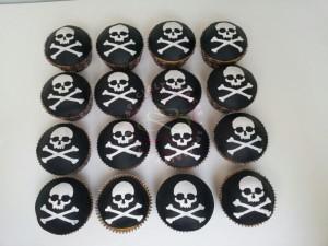 cupcakes_piraten_skull_specialty_cakes_hoorn_oosterblokker
